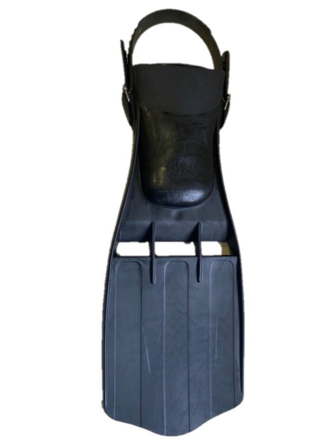 ALETA Y.C.F-30 AJUSTABLE PVC XL NEGRA